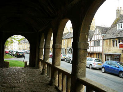 Chipping Campden in the Cotswolds, visit historical buildings on holiday