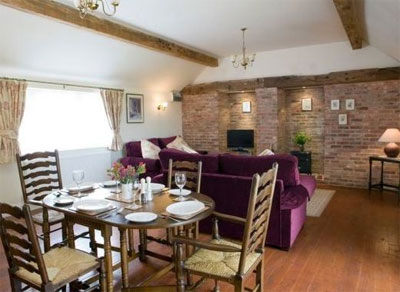 holiday cottages for couples in the UK
